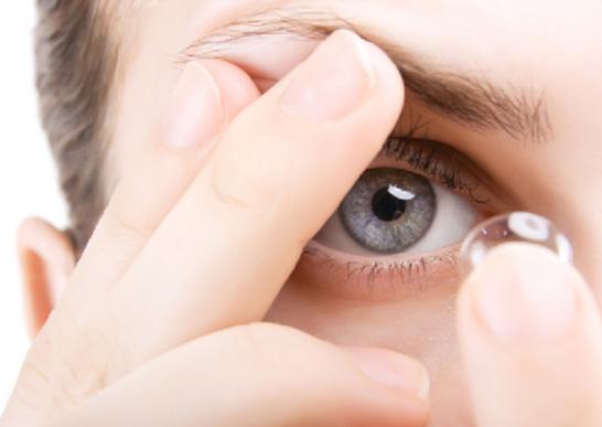 02-Contact-Lenses